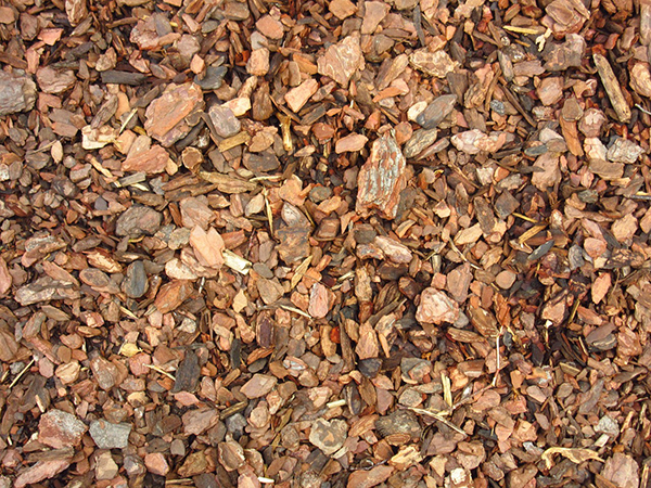 Wood mulch in spoken garden's podcast advertisement